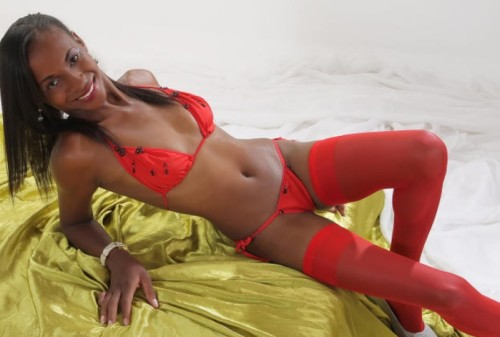 French live ebony girl GiselleVip