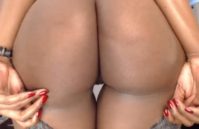 Colombian booty live